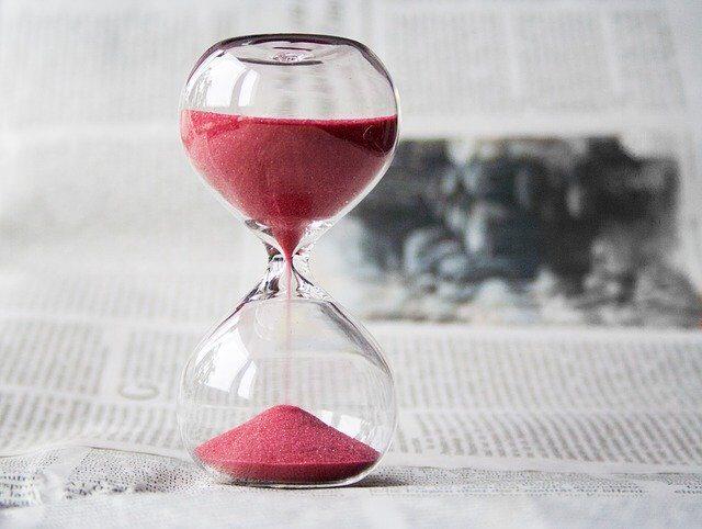 La saggezza di vivere il presente e la bellezza della saggezza del tempo
